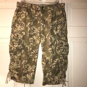 Lucky Brand Pant Capri 2 26